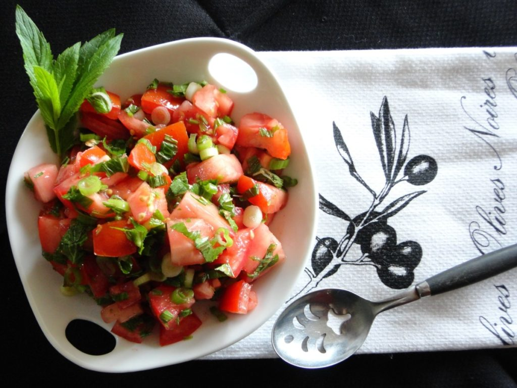Seasonal Recipe: Tomato & Mint Salad